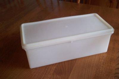 Vintage Tupperware Sheer Jumbo Bread Server (Jumbo Bread Box)