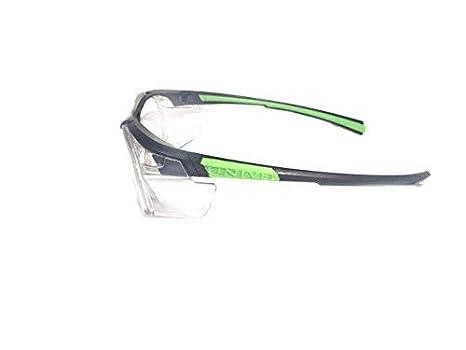 Armação Óculos Segurança Para Lentes De Grau UNIVET 555  Amazon.com.br   Ferramentas e Construção 9c59ff51da