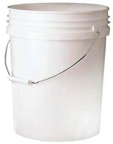 Grit Guard Heavy Duty 5 Gallon White Bucket GGBKT