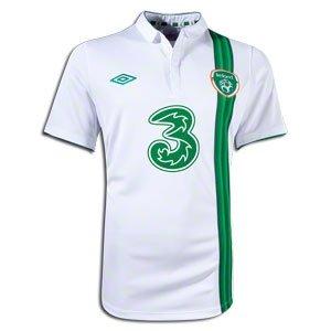 (Umbro 2012-13 Ireland Away Football Soccer T-Shirt Jersey)