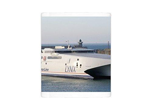 Taza de la foto de línea Stena mar Lynx trimarán, puerto de Dieppe ...