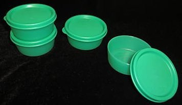 Tupperware Mini Snack Cup Green Set of 4