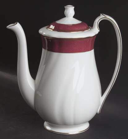 Wedgwood Crown Ruby Coffee Pot and Lid 5 Cup ()