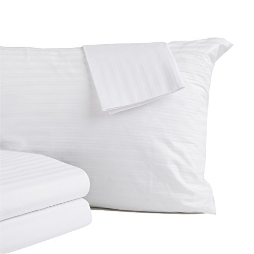 4-Pack Premium Allergy Protection Pillow Protectors. Hypoallergenic Dust Mite & Bed Bug Resistant Anti-Microbial 400 Thread Count 100% Cotton Zippered Pillow Covers. (Standard)
