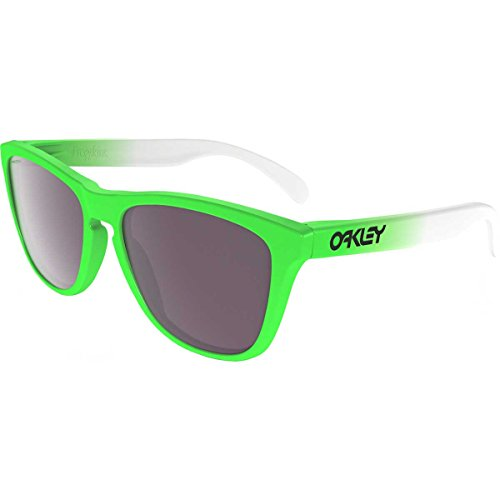 Oakley Men's Frogskins Polarized Iridium Square Sunglasses, GREEN FADE, 55 ()