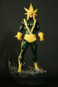 Night Green Electro Bowen Designs Exclusive Statue by Bowen Designs by Unknown (Image #1)