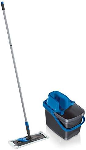 Leifheit Set Combi M micro duo mit rückenschonendem Wischer, Wischtuchpresse für effektives Auswringen, reinigungsstarker Bodenwischer mit Click-System, blau limited edition
