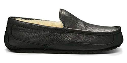 UGG Men's Ascot Slipper, Black Leather, 15 M US ()
