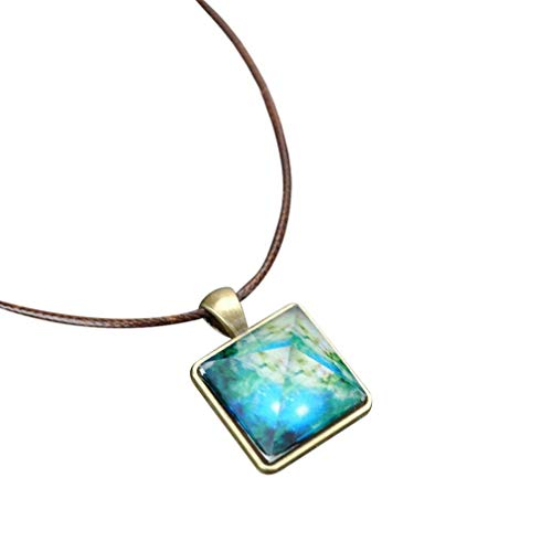 Clearance Necklace Laimeng_World Pyramid Natural Night Light Crystal Illusion Luminous Star Necklace Pendant Necklace ()