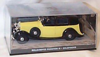 james-bond-007-rolls-royce-phantom-iii-goldfinger-film-scene-car-143-scale-diecast-model-by-universa
