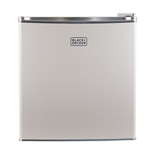 BLACK+DECKER BCRK17W Compact Refrigerator image 3