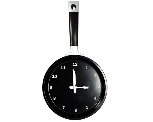 StealStreet SS-KD-1919 Frying Pan Analog Quartz Wall Clock with Utensils as Arrows, 14, Black