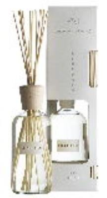 FRESH LINEN Hillhouse Naturals Reed Diffuser 16 oz by Hill House