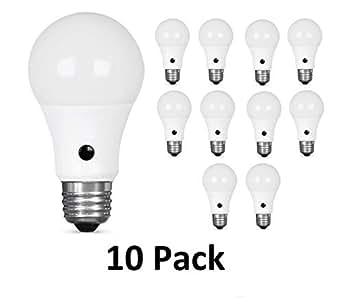 Amazon.com: QPLUS A19 LED Photocell Smart Sensor Dusk to ...