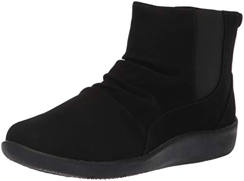 CLARKS Women's Sillian Rima Fashion Boot, Black Synthetic, 085 W US ()