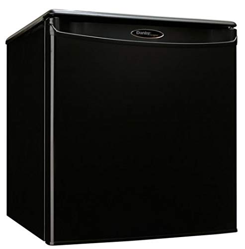 Danby DAR017A2 18 Inch Wide 1.7 Cu. Ft. Energy Star Free Standing Compact Refrig, Black (Refrigerator Star Energy Freestanding)