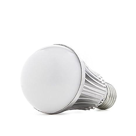 Lámpara de LEDs E27 con Sensor Crepuscular 7W 500Lm 30.000H