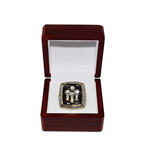 CHICAGO BULLS (Michael Jordan) 1996 NBA FINALS WORLD CHAMPIONS (72 Wins-Greatest Team Ever) Vintage Collectible High-Quality Gold Replica Basketball Championship Ring with Cherrywood Display Box