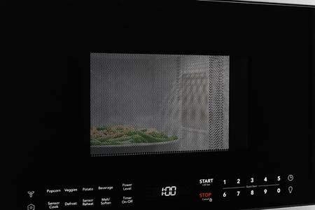 Frigidaire UMV1422US 24 Inch Over The Range 1.4 cu. ft. Capacity Microwave Oven