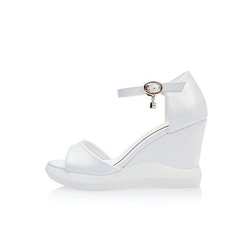 AgooLar Mujeres Plataforma Sólido Hebilla Puntera Abierta Sandalia con Diamante de Imitación Blanco