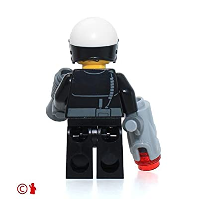 The LEGO Movie MiniFigure - Good Cop / Bad Cop (Two Faces & Open Mouth) 70819: Toys & Games