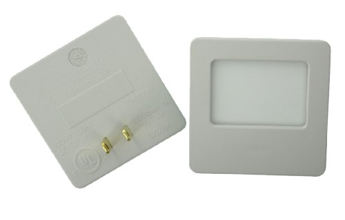 Leviton C22-16509-Soft Green Glow Guide Light, Almond, Pack of 2 by Leviton (Image #1)