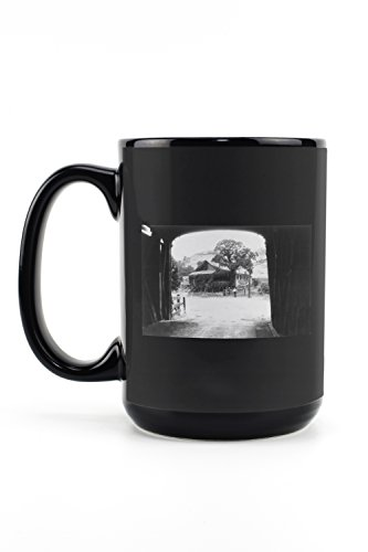 (Knights Ferry, California - View of Old Stone Cottage at Idlewild Resort (15oz Black Ceramic Mug - Dishwasher and Microwave Safe))