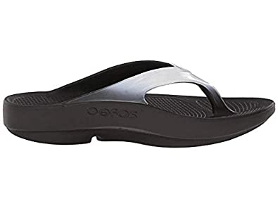 OOFOS OOLALA White Impact Absorption Recovery Footwear Thong Flip Flop Sandal