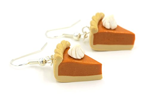 "KIWI DAISY Halloween Thanksgiving Fall Season ""Pumpkin Pie"" Polymer Clay Earrings (Braided Crust Edge)"