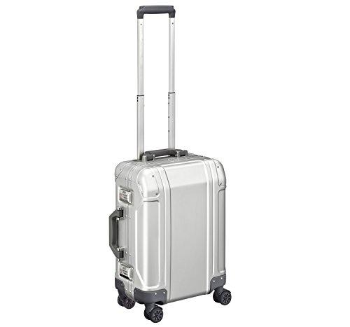 zero-halliburton-geo-aluminum-30-carry-on-4-wheel-spinner-travel-case-zrg2519-silver