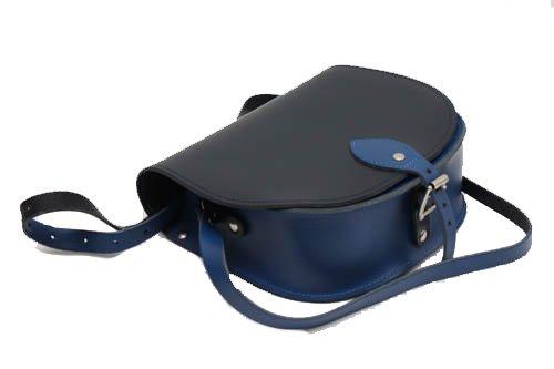 Schwarz und blau Zwei Farbe / Dual / Kontrast / Echtes Leder Sattel Crossbody Handtasche mit Wšlbungs-Verschluss und justierbarem BŸgel. In vielen Kombinationen erhŠltlich