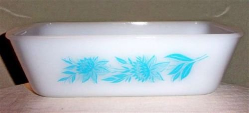 Vintage Jeannette Glass Glasbake Bread Cake / Meat Loaf Baking Pan -Blue Garland Pattern - 8 1/2 x 4 1/2 x 2 3/4 Inches - Made In USA (Glass Patterns Jeanette)