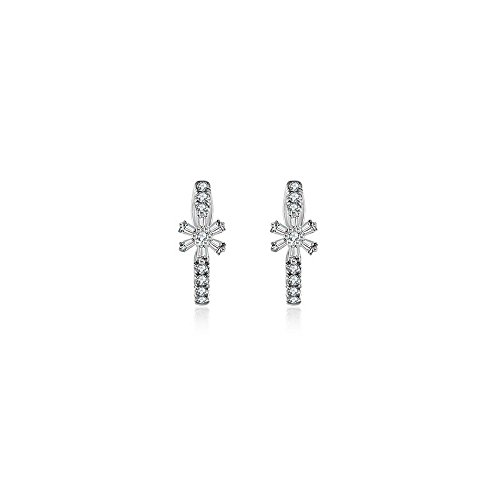 Genevieve Collection 14k Gold Hoop Diamond Earring with Flower Pattern (0.28 ct.) (White, Gold)