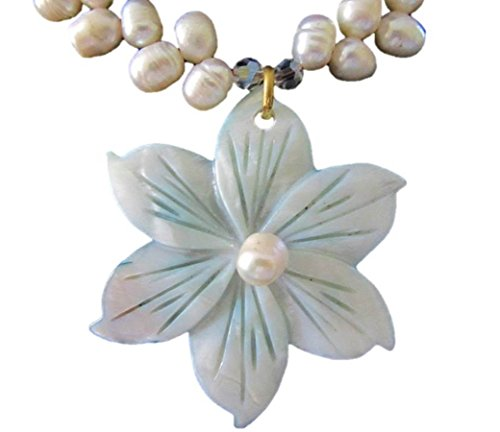 Shell Flower Pendant (Cultured Freshwater Pearl Necklace Choker Shell Lily Flower Pendant)