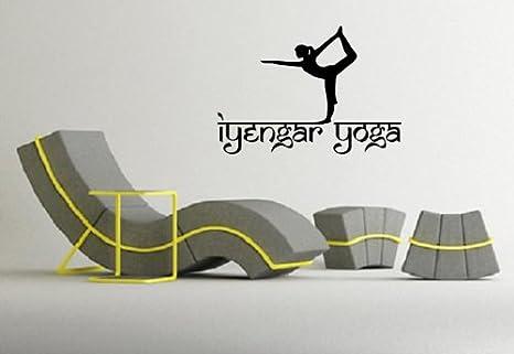 Amazon.com: Iyengar yoga Símbolo Espiritual sánscrito Wall ...