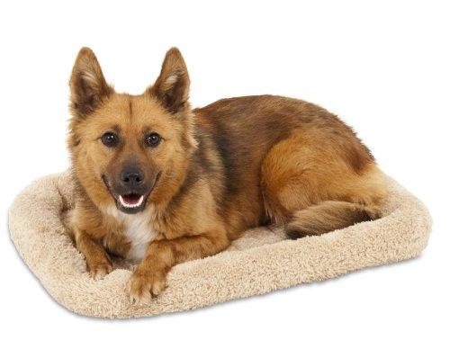 Petmate Plush Kennel Mat - Aspen Pet Bolster Style Kennel Mat, 28-1/2 by 18-1/2-Inch