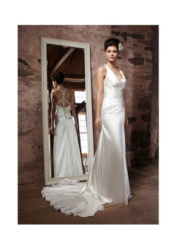 c97ad869101 Amazon.com   Elegant Sheath Soft Neck 2014 Wedding Dress with Crystal Beaded  Backless Style   Beauty