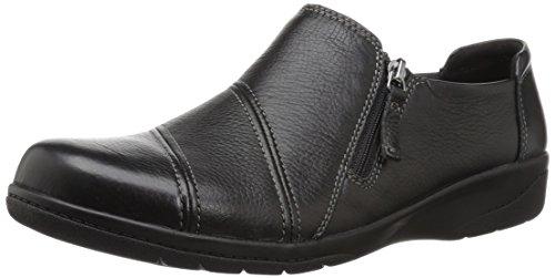 CLARKS Women's Cheyn Clay Loafer, Black Leather, 085 W US ()