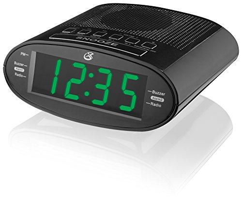 (GPX C303B Dual Alarm Clock AM/FM Radio with Time Zone/Daylight Savings Control (Black))