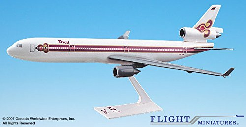 Flight Miniatures Thai Airways McDonnell Douglas MD-11 1:200 Scale Display Model