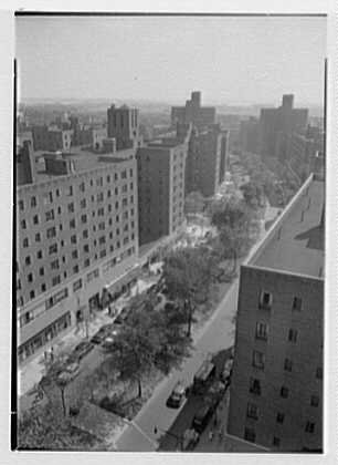 Photo: Parkchester,Bronx,New York. View from roof,81 Metropolitan Ave. - Bronx Parkchester New York