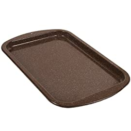 Granite Ware F0626 Better Browning Cookie Sheet, 16-inch by 11-inch 25 Granite Ware Better Browning series is Made in USA Carbon Steel core is more energy efficient and safer Porcelain enamel surface is an inert, non-porous and naturally non-stick surface