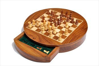 "The House of Staunton's Wooden Magnetic Travel Chess Set - 9"" Circle"