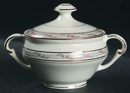Pope Gosser La Belle Sugar Bowl with Lid