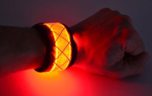 GlowCity  LED Light Up Snap Bracelet, Red