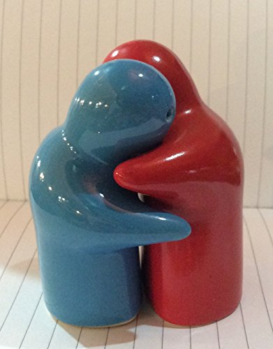 Salt & Pepper Shakers Wedding Couple Hug Thai Kitchenware Collectibles Souvenir, 2.75 Inches Height (SPC#4)..