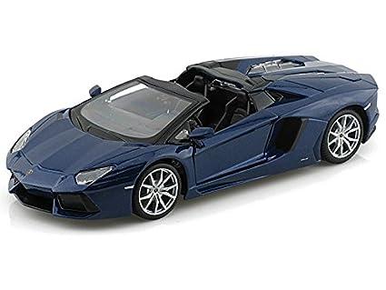 Attractive Lamborghini Aventador LP 700 4 Roadster 1/24 Blue