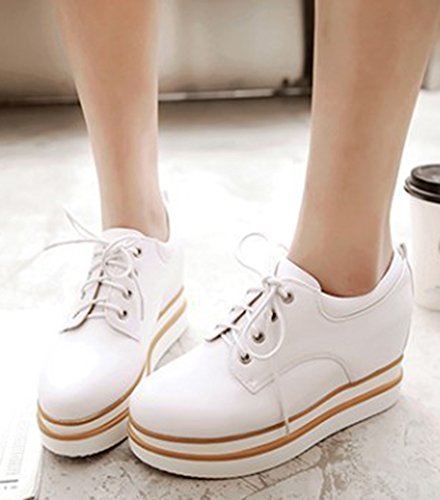 IDIFU Womens Casual Studded High Hidden Heels Wedge Sneakers Lace Up Platform Shoes White NxFsy1
