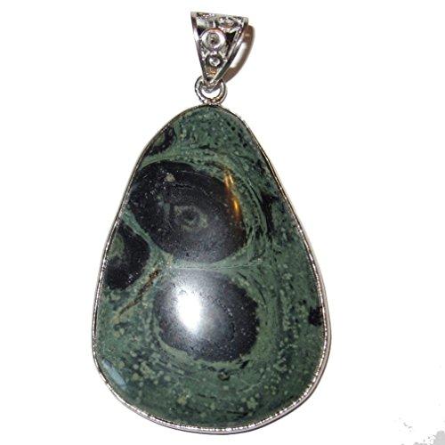 Jasper Pendant Green 01 Crocodile Alligator Eyes Crystal Animal Guardian Energy Healing Stone 2