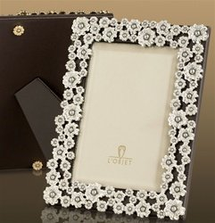 L'Objet Platinum Pearl Flower Frame, Fresh Water Pearls & Crystals 4x6 (Flower Frame Pearl)